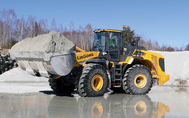 LiuGong 877H в българската минна индустрия
