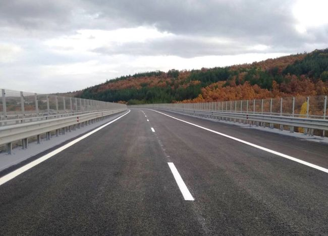 Завърши ремонтът при 17-ти и 18-ти км на АМ Тракия