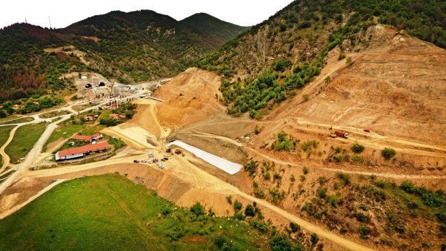 Инспектираха изграждането на най-дългия пътен тунел в България