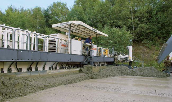 Бетонополагаща машина SP 154i от Wirtgen