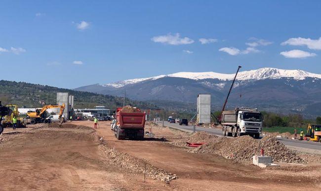 Лек ръст на строителната продукция в страната