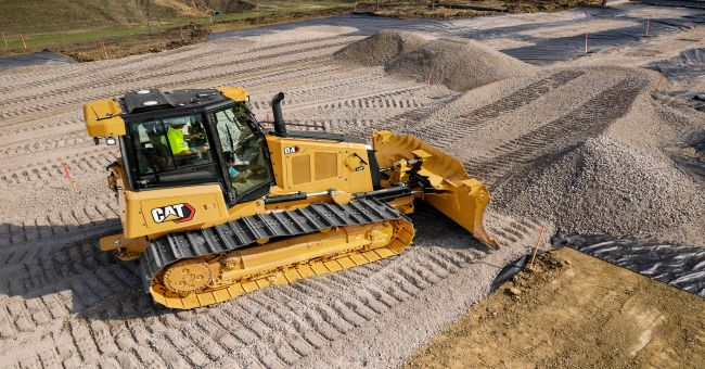 Новият булдозер Cat D4 – от всичко по повече
